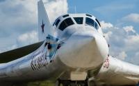 俄图160M2轰炸机部件亮相 制造厂内部曝光
