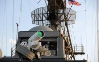 """神秘舰载激光武器曝光!美军在下一盘""""大棋"""",专打无人机和导弹"""