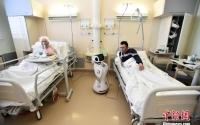 """高科技防疫!意大利医院启用""""机器人护士""""照顾新冠患者"""