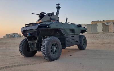 以色列最新式机器人战车亮相英国军警展并售给英军